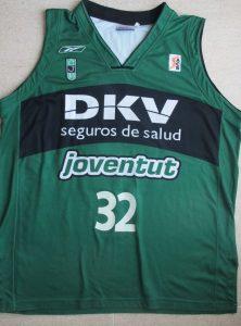 DKV Joventut Badalona 2005 – 2006 home jersey