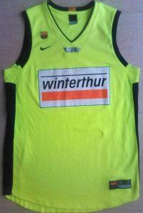 FC Barcelona 2005-2006 away jersey