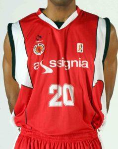Assignia Manresa 2010-2011 home jersey