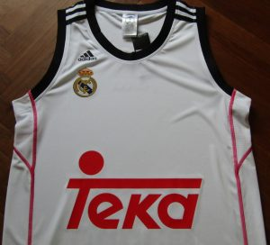 Real Madrid 2014-15 home jersey