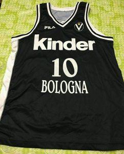 Virtus Bologna 1996 – 1997 away jersey KINDER
