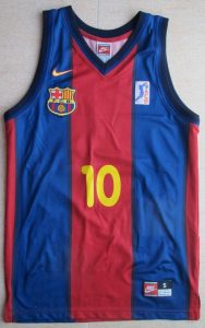 Barcelona 1998 – 1999 home kit