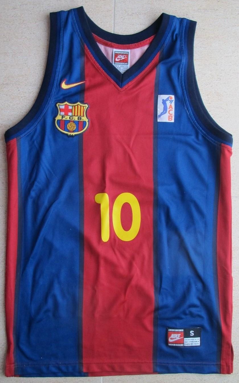 separation shoes 2e0aa 1f598 Barcelona 1998 - 1999 home kit - JerseyPedia