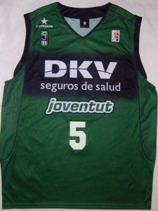 DKV Joventut Badalona 2004 – 2005 Home kit