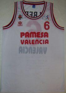 Pamesa Valencia 1999 – 2000 Home kit