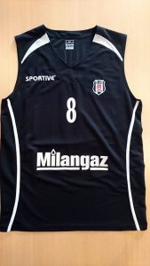 Besiktas 2011 – 2012 away kit