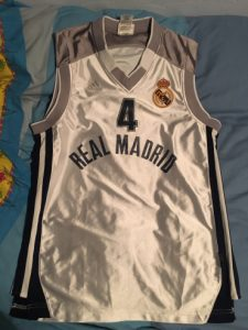 Real Madrid 2000-01 Home kit