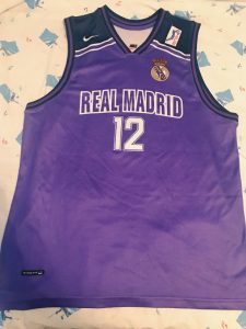 Real Madrid 1998 – 1999 away kit