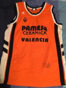 PAMESA Valencia Basket 2004 – 2005 Home kit