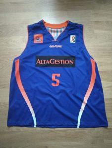 Fuenlabrada 2005-06 away kit