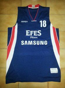 Anadolu Efes 2008-09 Home kit
