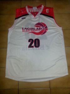 Bilbao Basket 2004 – 2005 away kit