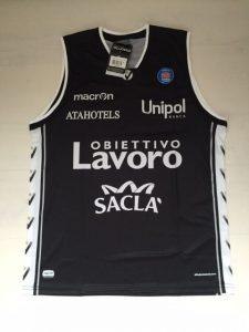 Virtus Obiettivo Laboro Bologna 2015-16 away kit