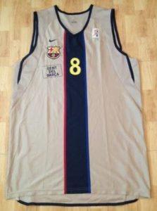 Barcelona 2002-03 gold kit