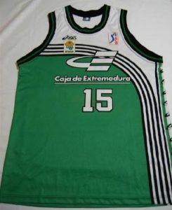 Baloncesto Cáceres 1996 -97 Home jersey