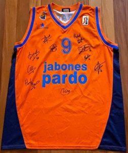 Jabones Pardo Fuenlabrada 2003 -04 Home jersey