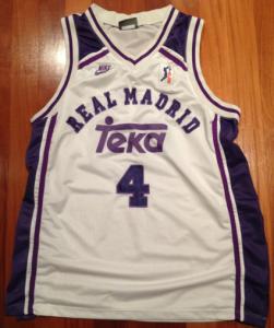 Real Madrid 1995 -96 alternative home kit