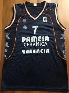 PAMESA Valencia 2001 -02 away black kit