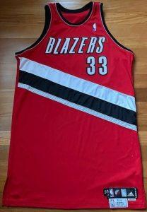 Portland Trail Blazers 2010 -11 road jersey