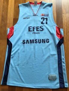 Efes Pilsen 2009 -10 away jersey