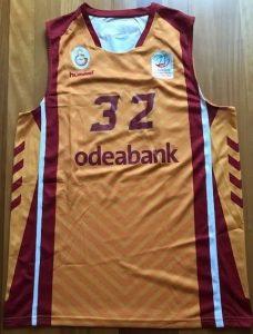 Galatasaray 2017 – 2018 away yellow jersey