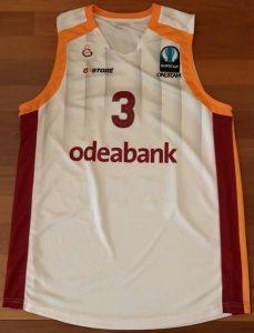 Galatasaray 2015 -16 alternate white jersey