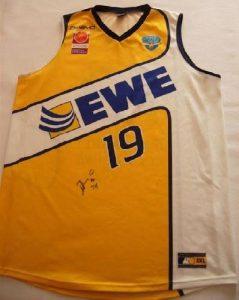 EWE Baskets Oldenburg 2008 -09 Home jersey