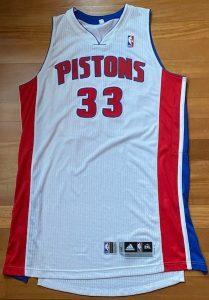 Detroit Pistons 2010 -11 Home kit