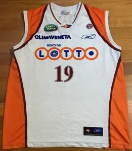 Virtus Roma 2004 -05 Home jersey