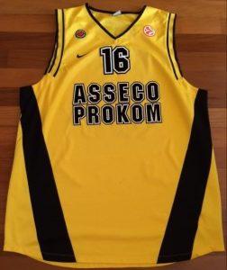 Arka Gdynia 2008 -09 Home kit