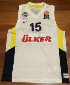 Fenerbahçe  2014 -15 away jersey
