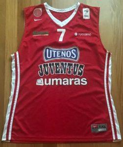 Juventus 2016 -17 away jersey