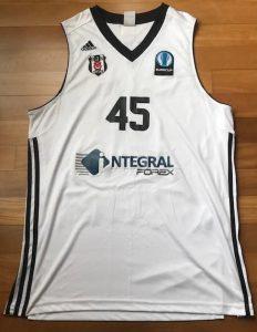Besiktas Istambul 2014 -15 Home jersey