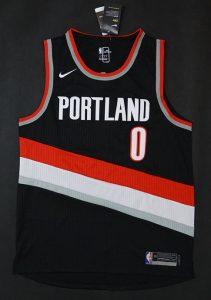 Portland Trail Blazers 2017 -18 icon jersey