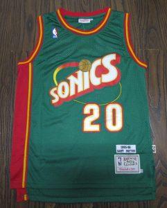 Seattle Supersonics 1995 -96 road jersey